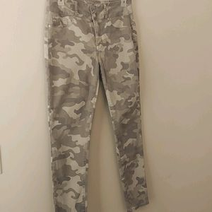Seven7 High Rise Curvy skinny Military Jeans Sz 10